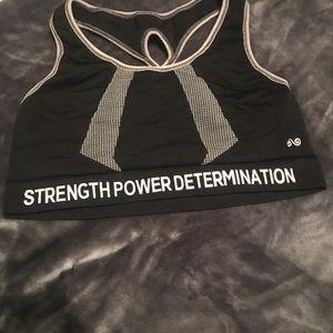 Underarmour sports bra size medium